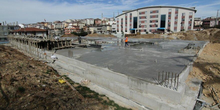 Spor salonu inşasına başlandı