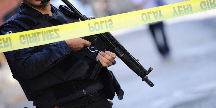 Silah sesini duyan koştu: Dehşetle karşılaştı