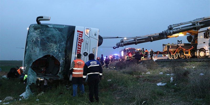 Şoför kalp krzi geçirdi, otobüs şarampole uçtu!