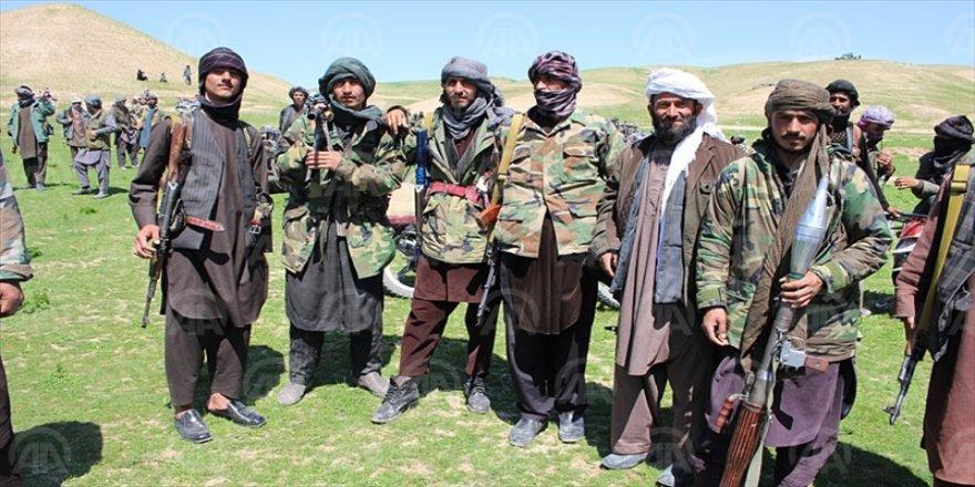 Rusya Taliban'ı Silahlandırıyor