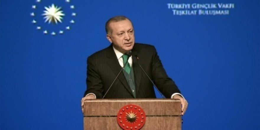Erdoğan'ın uçağı havalimanına inemedi!