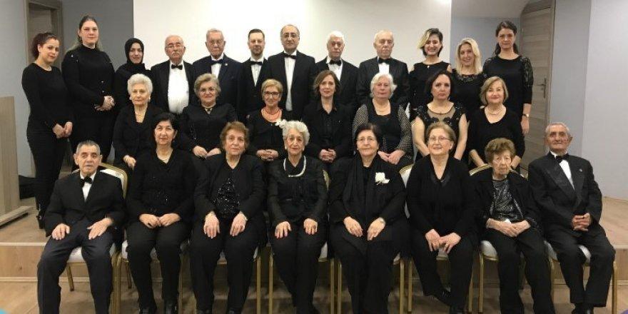 Huzurevi korosundan Türk Sanat Müziği konseri