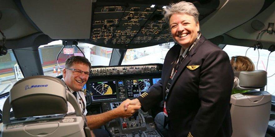 Avustralya'dan İngiltere'ye ilk direkt uçuş
