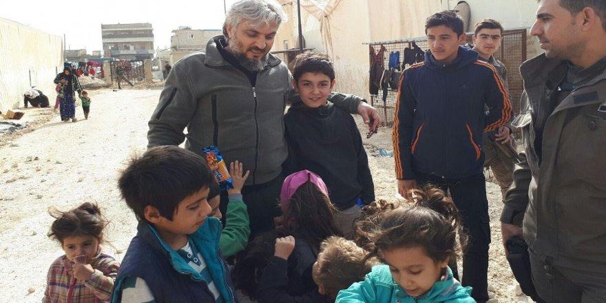 Azez'de çocukların yüzü, Türk polisi sayesinde gülüyor
