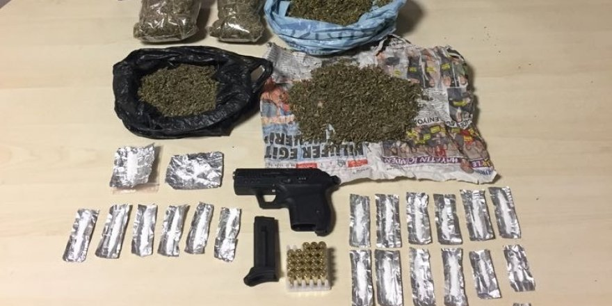Polis uyuşturucu satıcılarına göz açtırmıyor