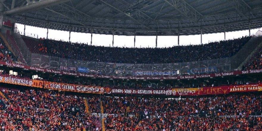 Türk Telekom Stadyumu'nda 46 bin 934 seyirci