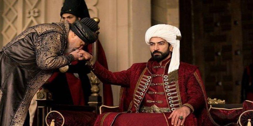 Mehmed Bir Cihan Fatihi'ne usta isim dahil oluyor