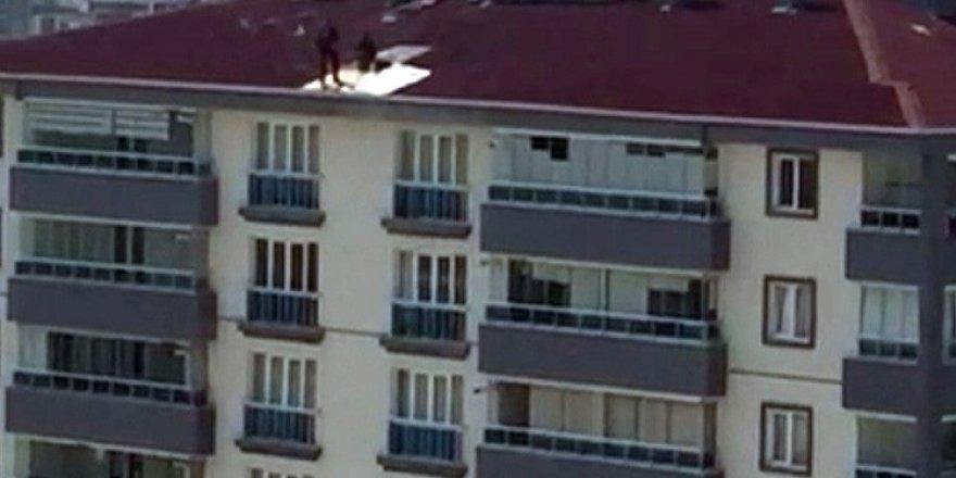 Çatıda tehlikeli çalışma