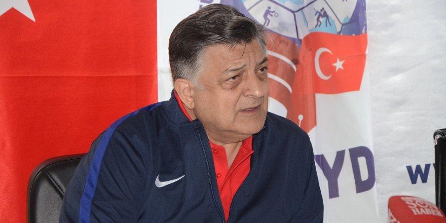 Eskişehirspor, Yılmaz Vural ile anlaşamadı