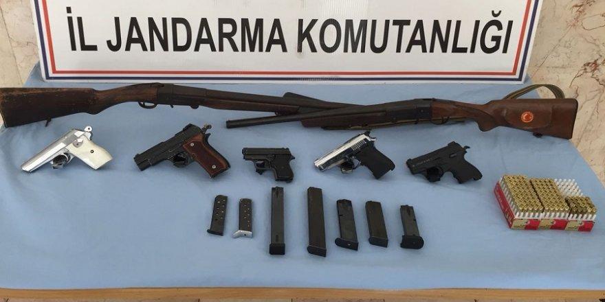 Silah kaçakçılığına jandarma baskını