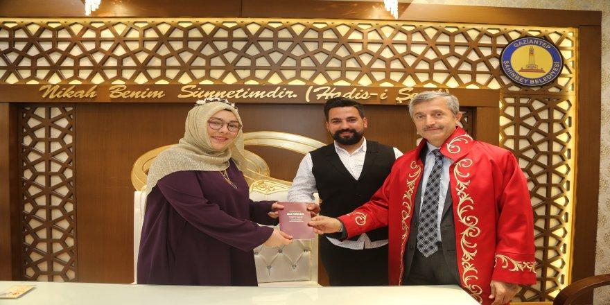 Türkiye'nin en fazla nikah kayan belediyesinde kıyım son sürat