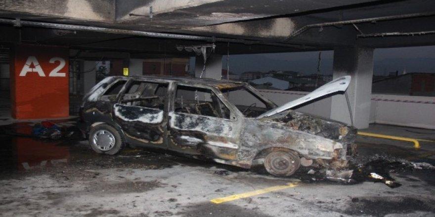 LPG deposu patlayan otomobil küle döndü