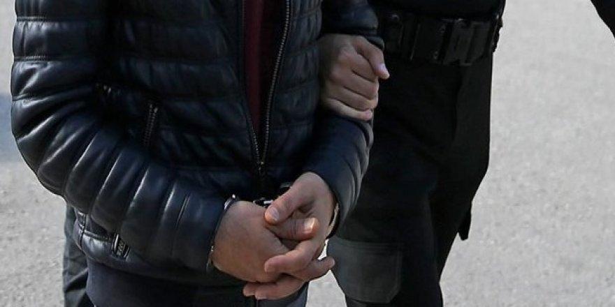 Uyuşturucu satan şahıs tutuklandı