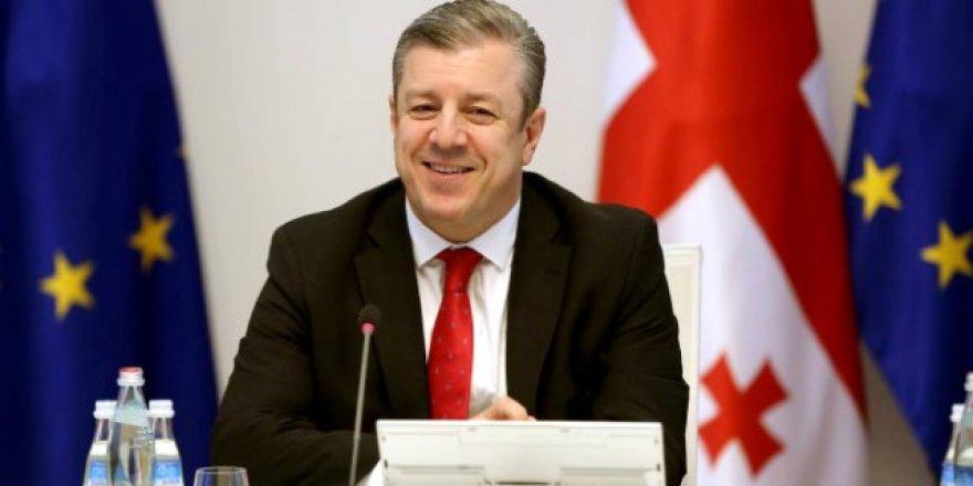 Kvirikaşvili: NATO ile işbirliğimiz zirvede