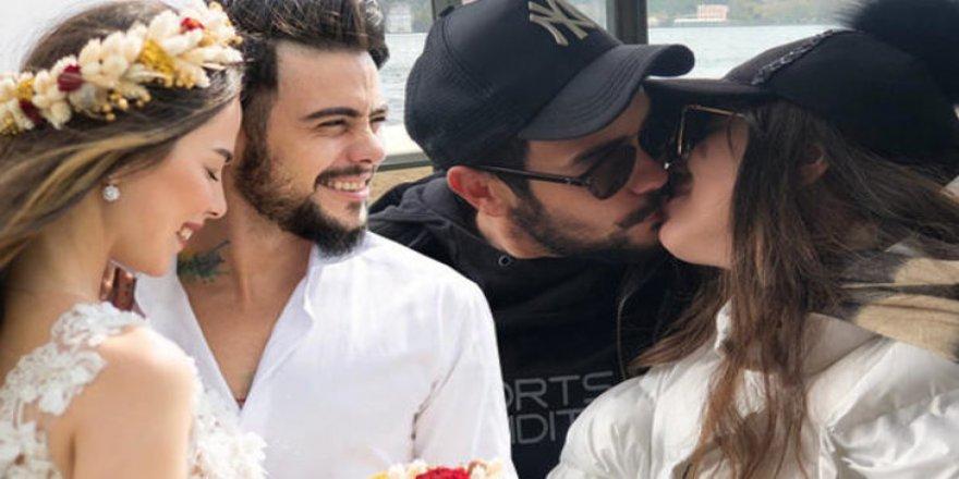 Kimseyi umursamadan öpüştüler