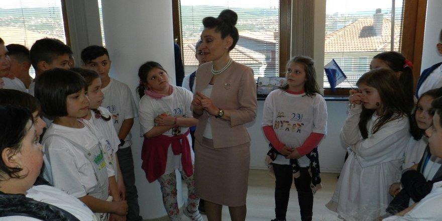 Kosova Türklerinden 23 Nisan ziyareti