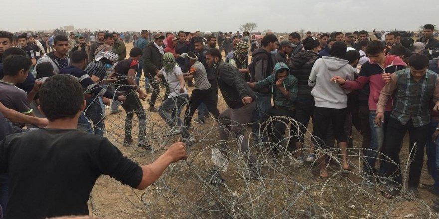 Filistin'de 4 şehit, 465'ten fazla yaralı