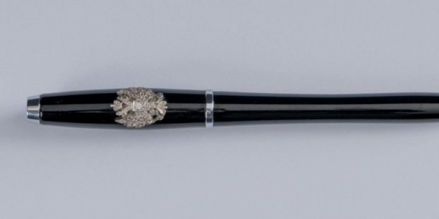 Putin'in kalemi 63 bin euro'ya satıldı