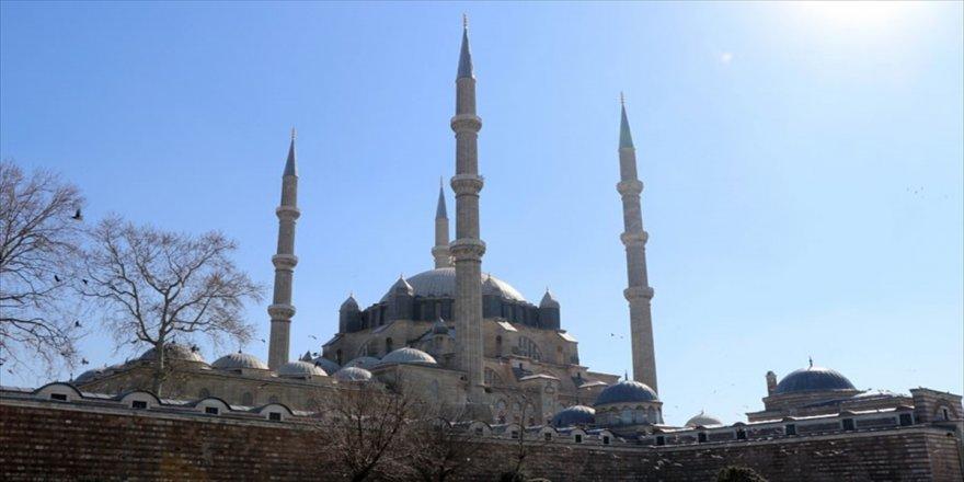 Selimiye Cami, yenilenme için gün sayıyor