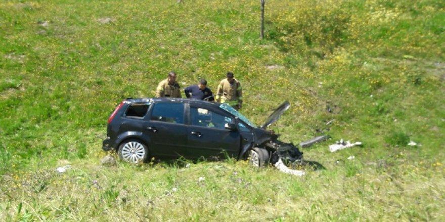 Feci kaza: 2'si ağır 3 yaralı