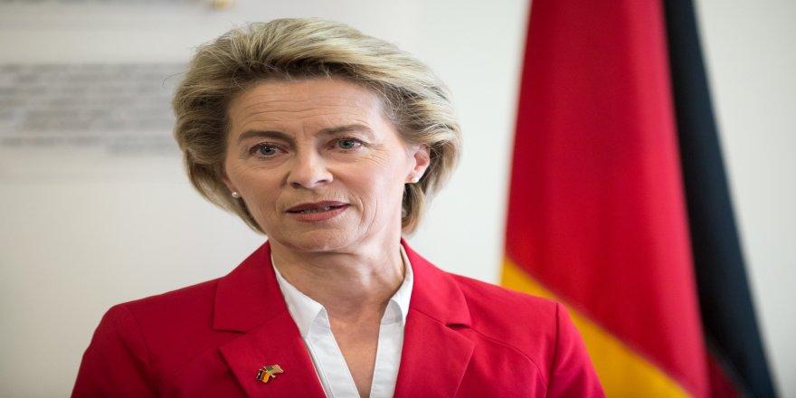 Almanya Savunma Bakanı von der Leyen'den Suriye açıklaması