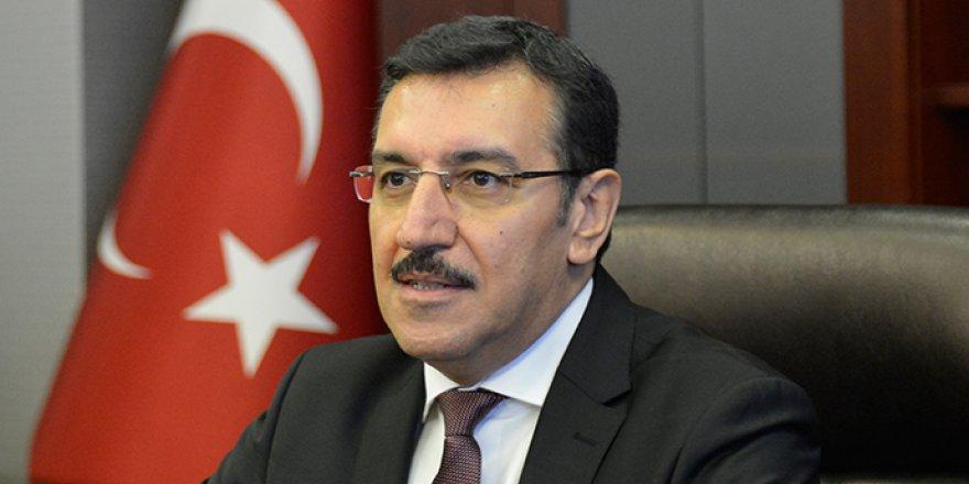 Gümrük ve Ticaret Bakanı Bülent Tüfenkci'den 23 Nisan mesajı