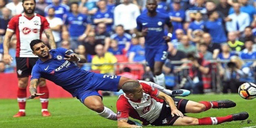 Chelsea kupada finale çıktı