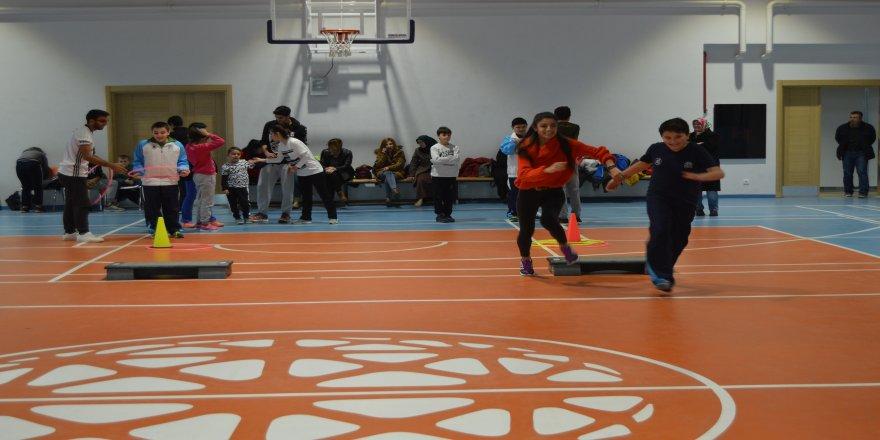 Otizmli çocuklar sporla hayata bağlandı