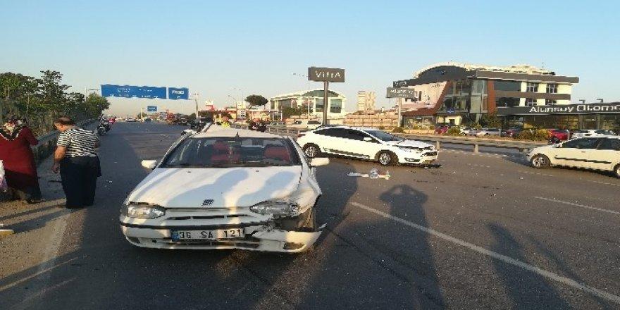 Arızalanan otomobil kazaya sebep oldu