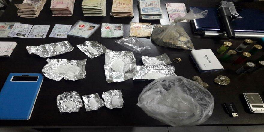 Uyuşturucu çetesine operasyon: 9 gözaltı