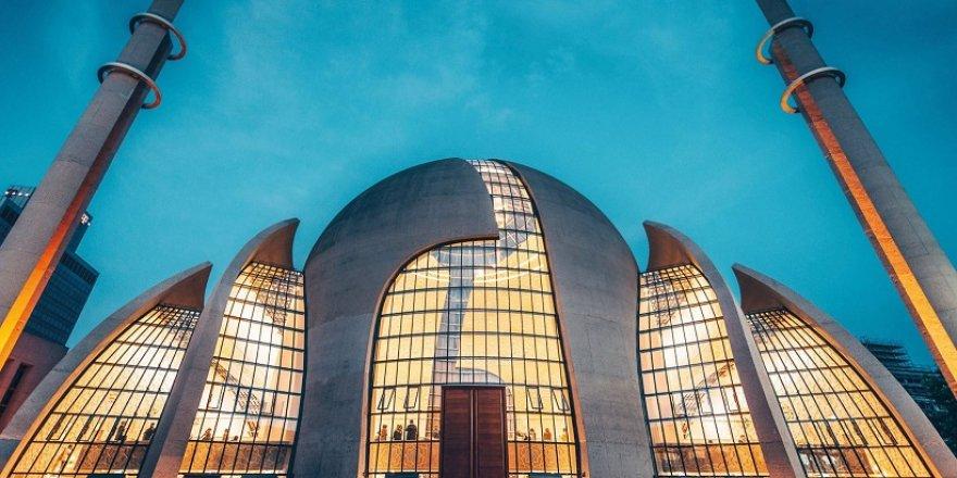 Almanya, 350 imamın gelmesine onay verdi