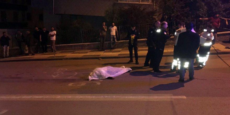 Minibüsün çarptığı kadın hayatını kaybetti