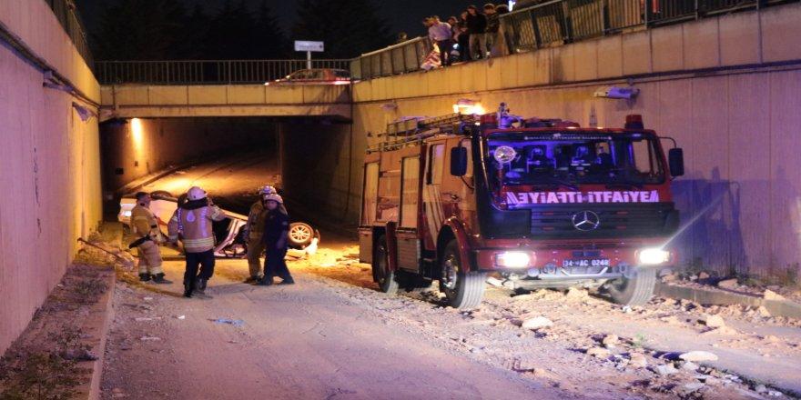 Kontrolden çıkan araç tünel yoluna uçtu: 3 yaralı