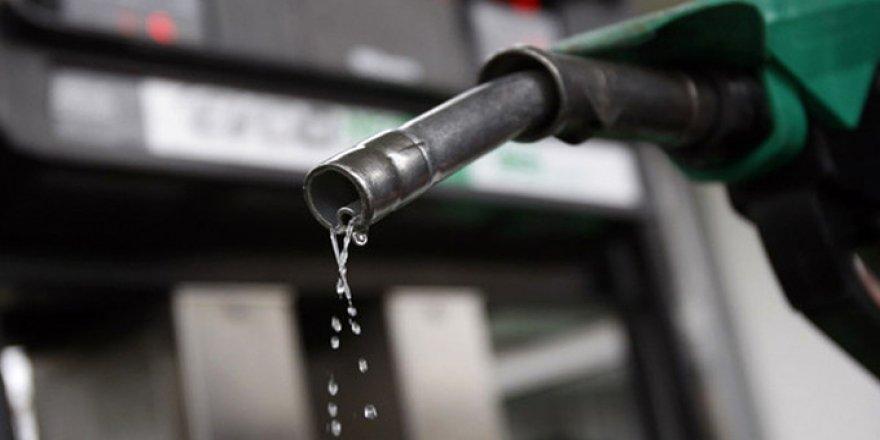 Benzine vergi indirimi geliyor!