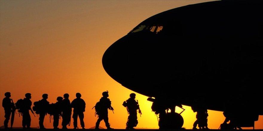 Askeri uçak düştü: 5 ölü