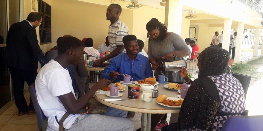 Türkiye mezunları Gambiya'da buluştu