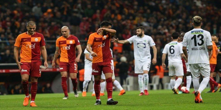 Galatasaray ile Akhisarspor 12. maça çıkıyor