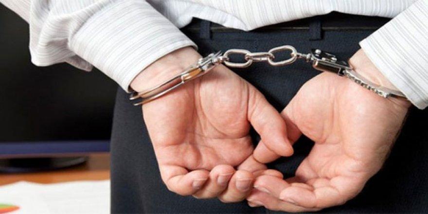 """FETÖ'nün """"eş imamı"""" tutuklandı"""