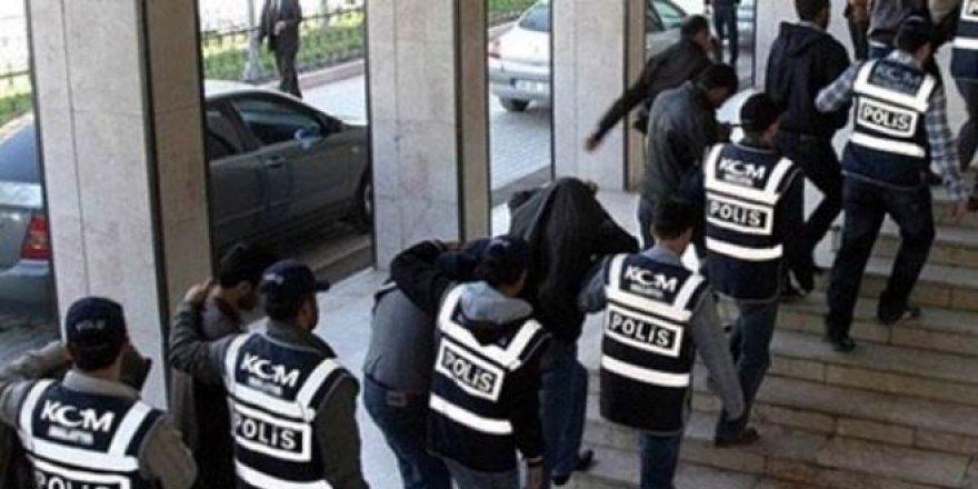 FETÖ'nün mahrem yapılanmasına operasyon: 21 gözaltı