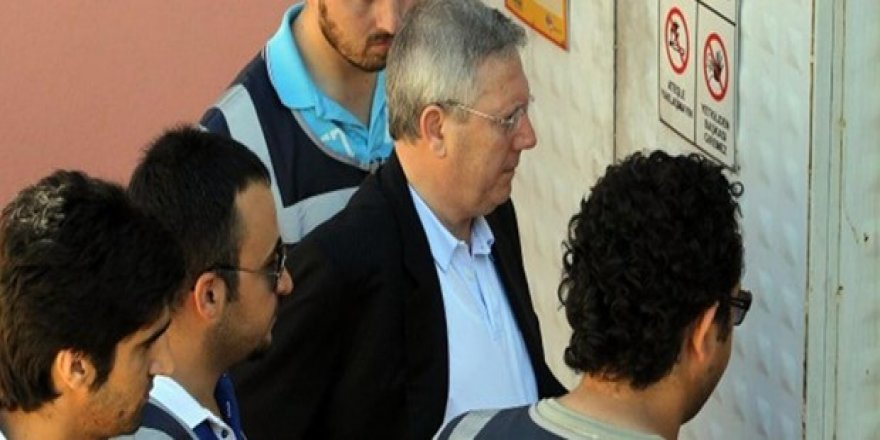 """FETÖ elebaşının avukatından """"şike kumpası"""" itirafı"""