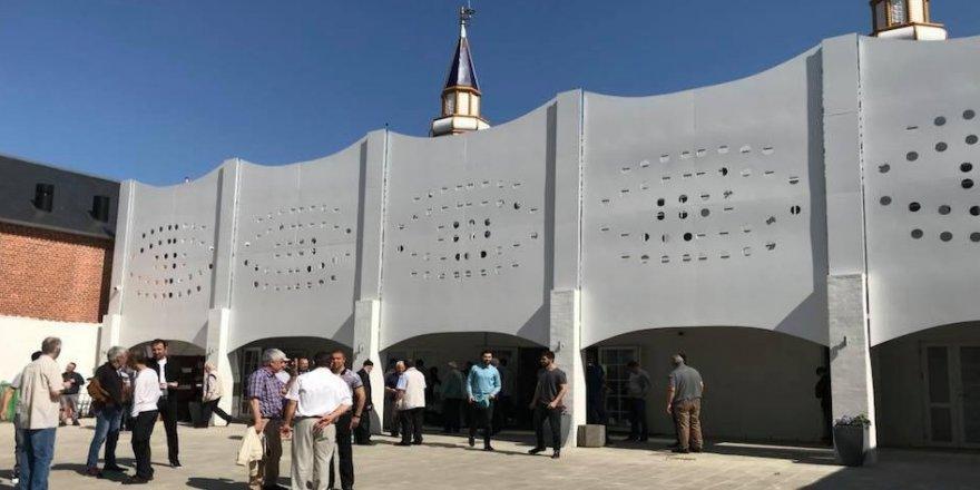 """Danimarka'da """"Roskilde Ayasofya Cami"""" açıldı"""