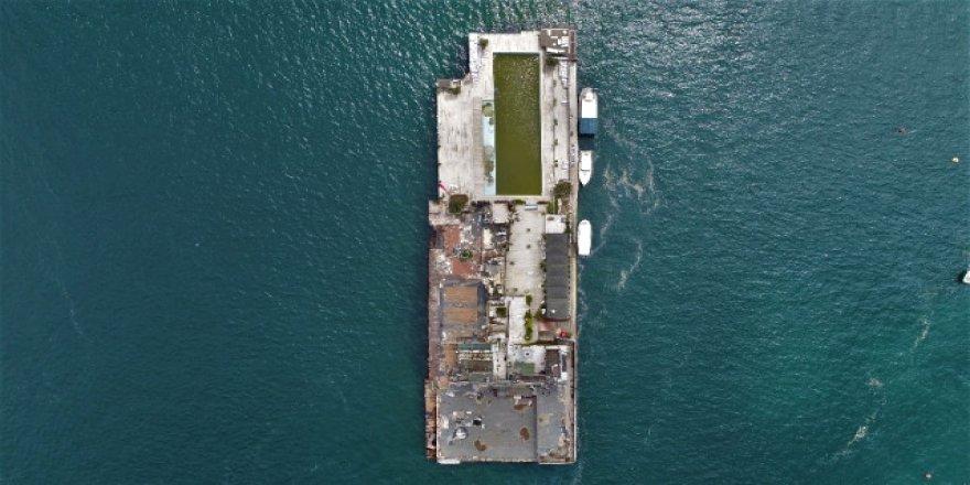 Kaderine terk edilen Galatasaray Adası görüntülendi