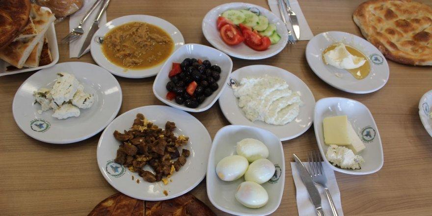 Ramazanda sağlıklı beslenmenin 8 kuralı