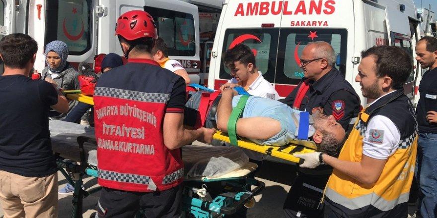 Asansör yere çakıldı: 3 işçi yaralı