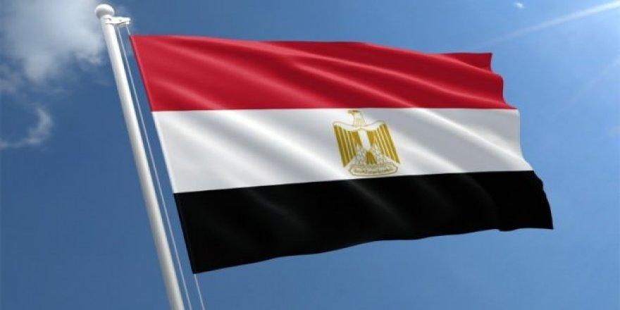 Mısır'dab sürpriz karar!