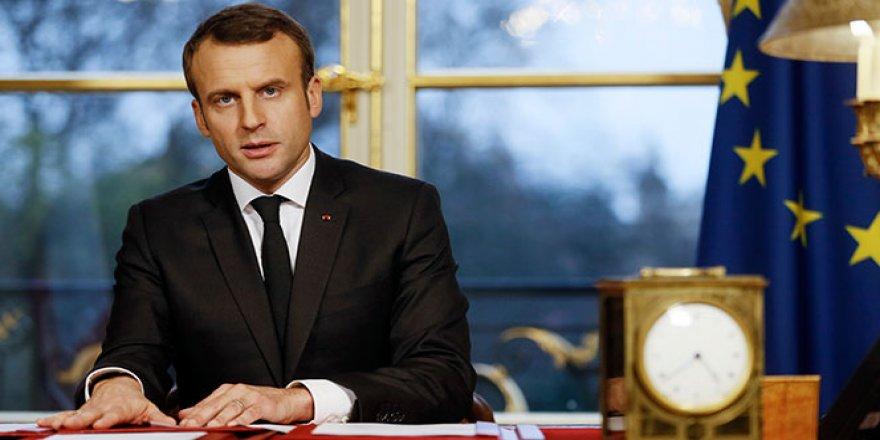 Macron, Filistinlilere yapılan saldırıyı kınadı