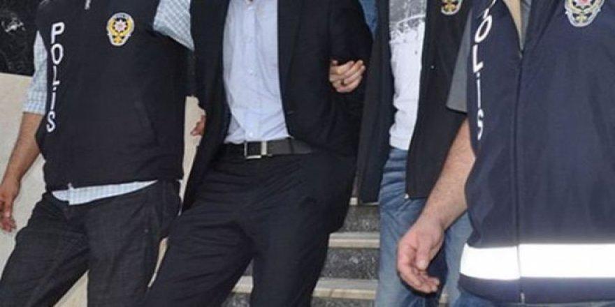 İhraç polislere FETÖ'den gözaltı kararı