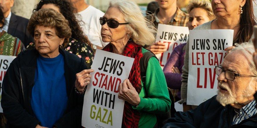 Yahudiler de İsrail'i protesto etti