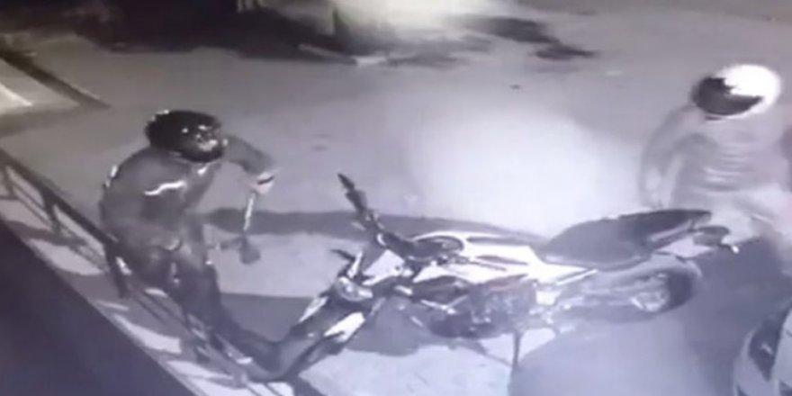 35 bin lira değerindeki motosikleti böyle çaldılar