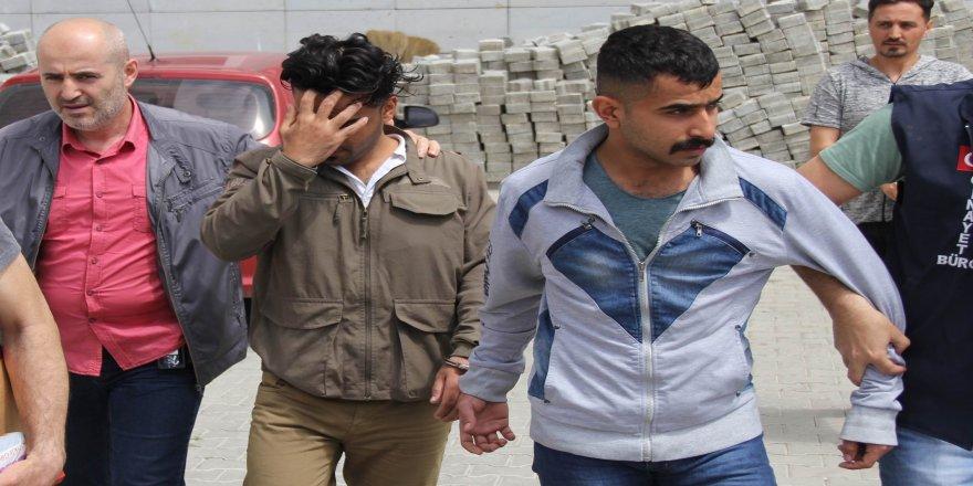 Suriyeli ve Iraklı gaspçılar tutuklandı